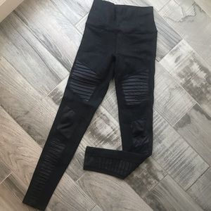 ALO Yoga Pants - Alo high waist moto leggings